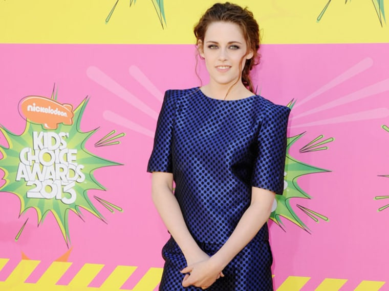Kristen Stewart Moves on From 'Twilight' and... RPattz?