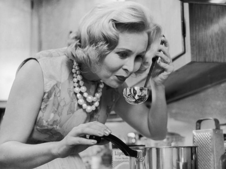 Study: Modern Moms are Not as Busy as 1960's Moms
