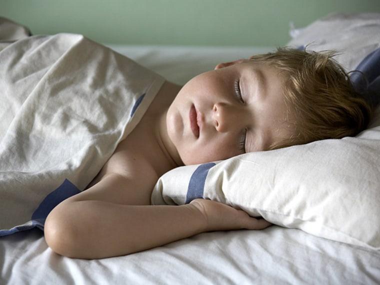 toddler sleeping - Getting Kids Used to Daylight Saving Time