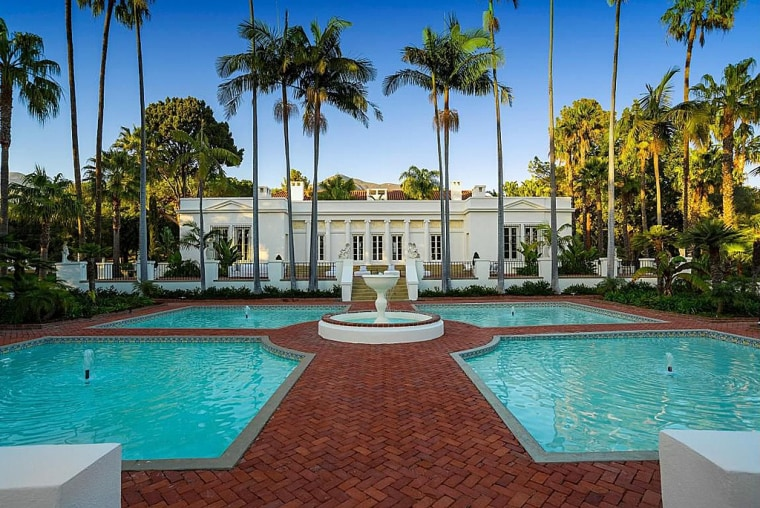 """Fans of \""""Scarface\"""" might recognize this mansion. It's now for sale for $35 million."""