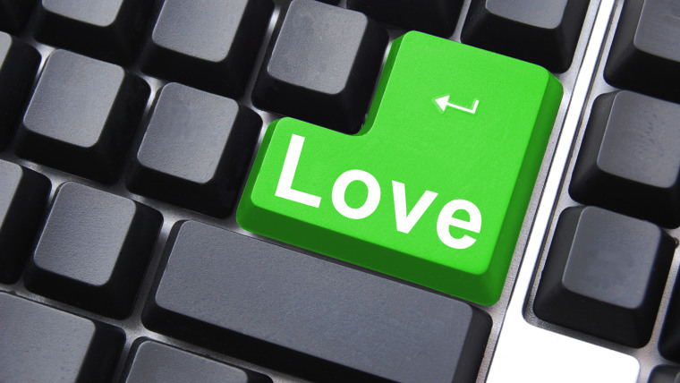 Free online dating services can provide some of the same features as popular fee-based services.