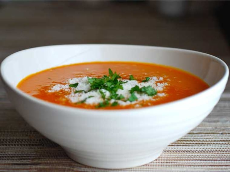 Creamy Roasted Carrot and Red Pepper Soup
