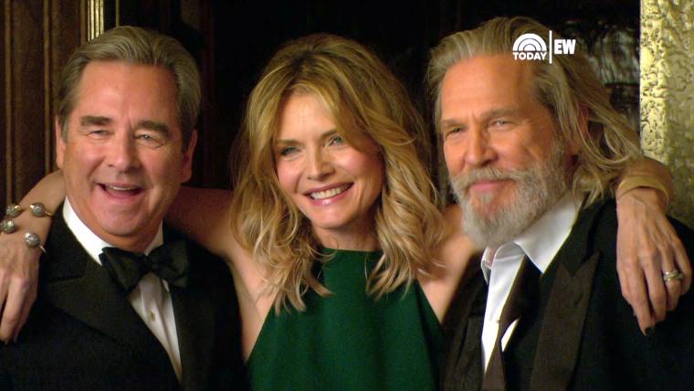Image: Beau Bridges, Michelle Pfeiffer and Jeff Bridges.