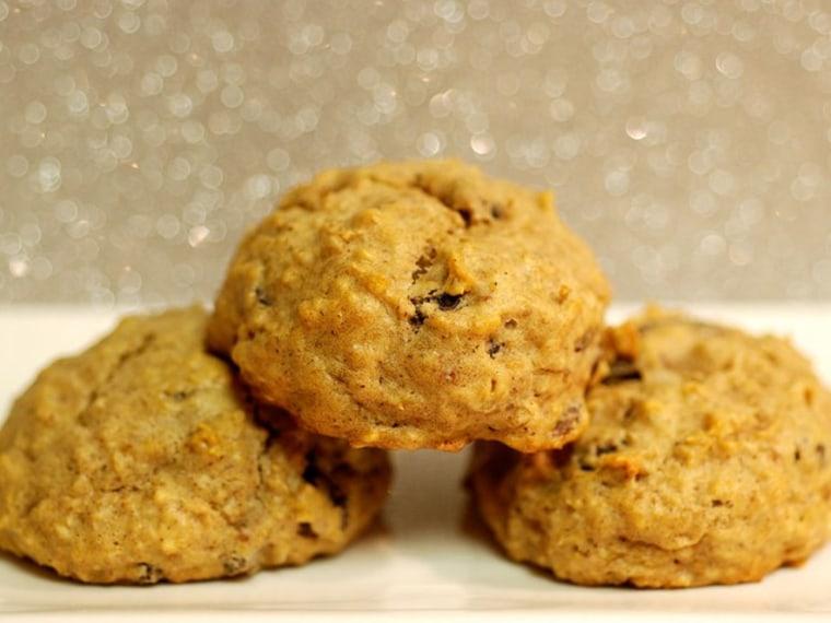 Applesauce oatmeal raisin cookies