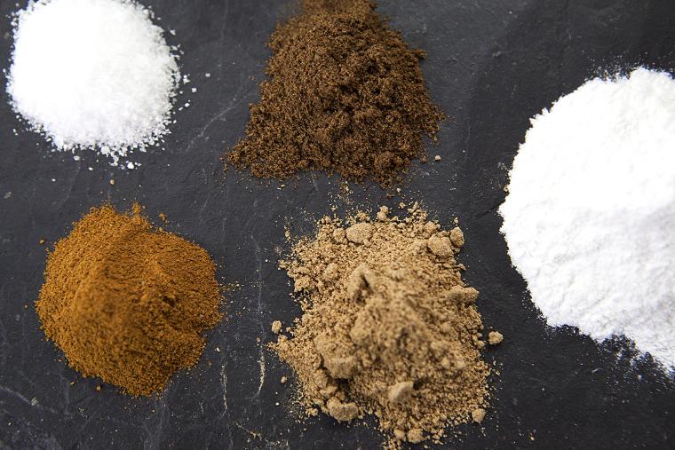 Al Roker shares his mom's sweet potato poon recipe