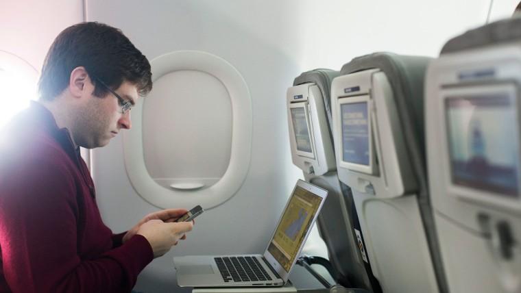 Man tests wifi