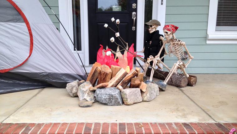 IMAGE: Baxter skeletons