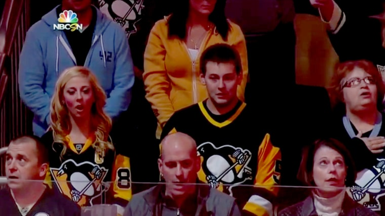 Pittsburgh Penguins fans joined in a rendition of the Canadian national anthem on Wednesday night in support of Ottawa after a shooting at the Canadian Parliament.