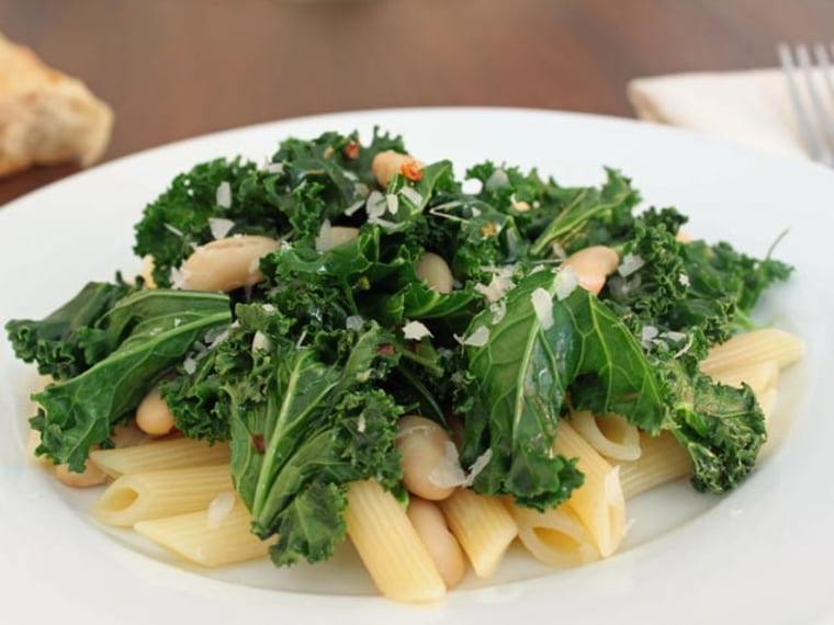 Kale and white bean pasta