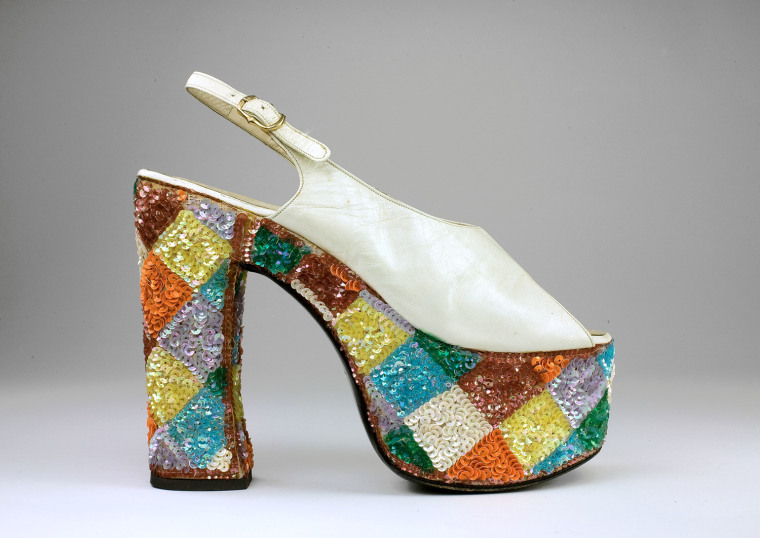 Casuccio e Scalera per Loris Azzaro (Italian). Sandal, 1974–79. Leather, synthetic material, cotton. The Bata Shoe Museum.