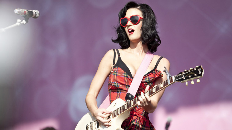 KINROSS, UNITED KINGDOM - JULY 11:  Katy Perry performs on stage during day 2 of T in the Park music festival on July 11, 2009 in Kinross, Scotland.  ...