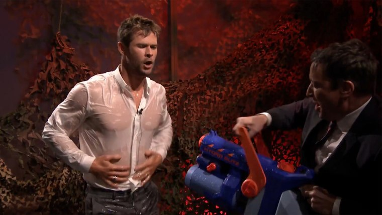 Image: Chris Hemsworth and Jimmy Fallon