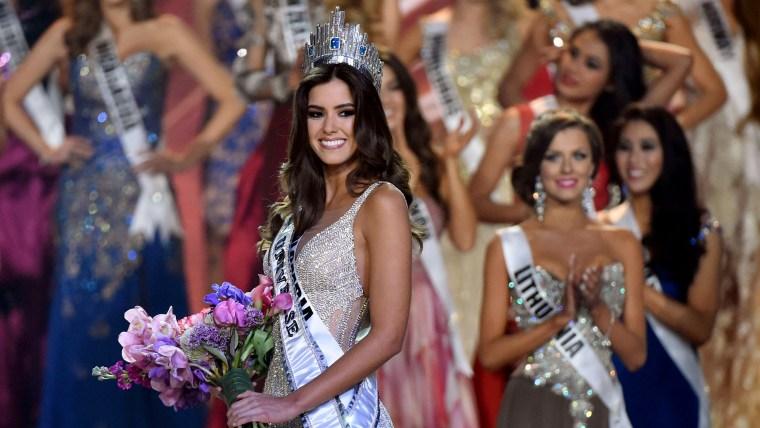 Paulina Vega is Miss Universe
