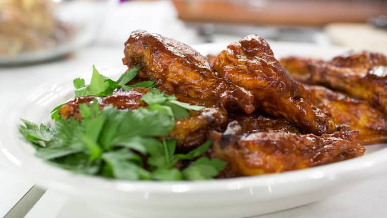 Al Roker cooks up delicious barbecue wings and sweet potato fries