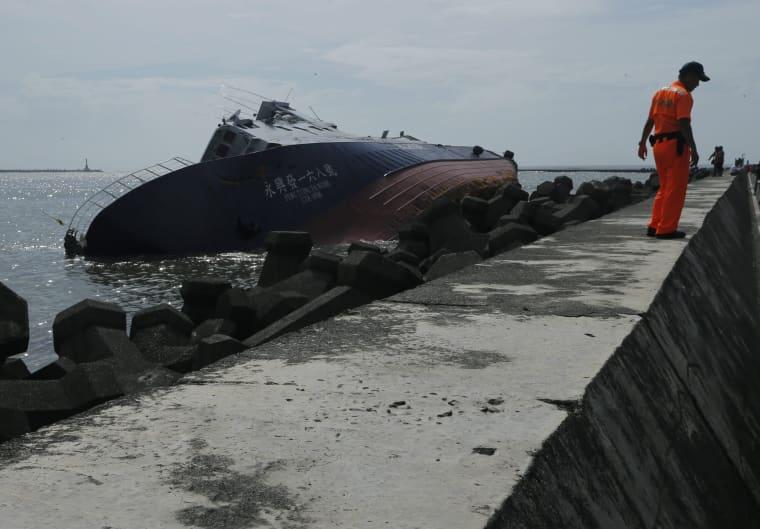 Image: Super Typhoon Meranti aftermathl in Taiwan