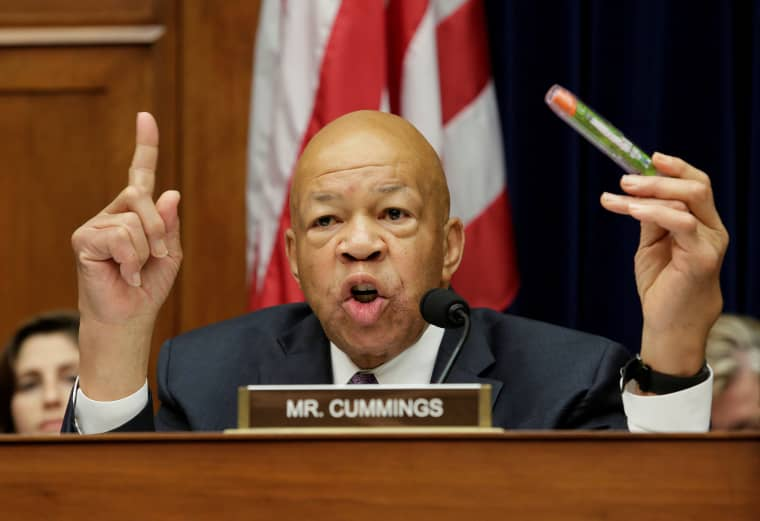 Image: House Oversight and Government Reform Committee ranking member Elijah Cummings (D-MD) holds an EpiPen during the committee hearing on the Rising Price of EpiPens at the Capitol in Washington