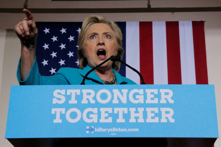 Image: U.S. Democratic presidential nominee Hillary Clinton speaks at a campaign rally in Daytona Beach