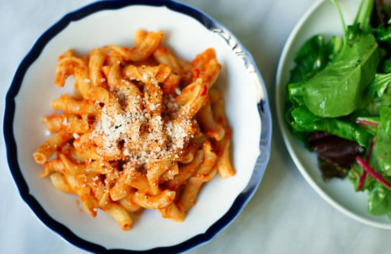 Jarred sauce is often laden with hidden sugars — go homemade with a no-cook version using just your blender.