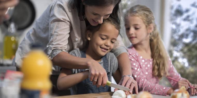 family dinner ideas, easy weeknight dinners, family cookbooks
