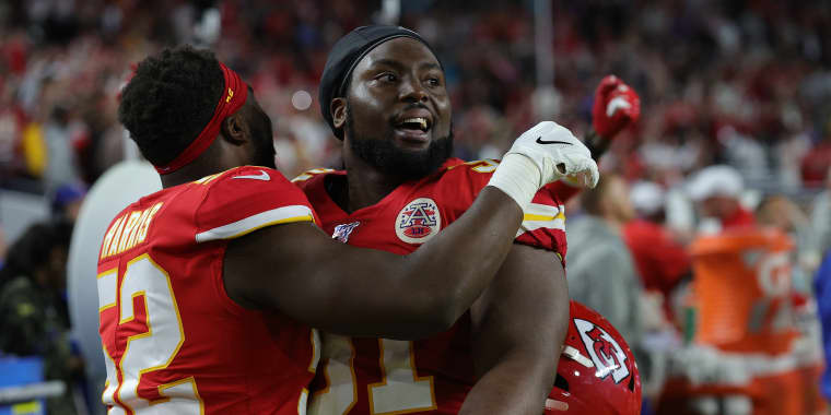 Kansas City Chiefs player Derrick Nnadi pays for adoptions of dogs