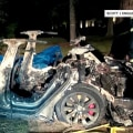 New details on fatal Tesla crash raise questions about safety of driverless cars