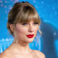 Taylor Swift and Simone Biles exchange touching messages on Twitter