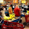 How to avoid shortages in your holiday shopping