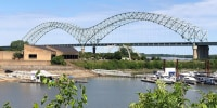 Image: Interstate 40 bridge