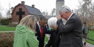 Image::Image: Visitors pay respects to Billy Graham|AP|Copyright 2018 The Associated Press. All rights reserved.