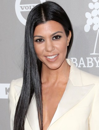 Kris Kardashian Hairstyle Pictures Hairstyles By Unixcode
