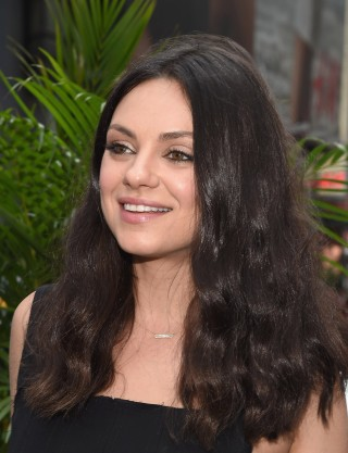 Mila kunis debuts new wavy bob haircut in time for fall kunis sported long beachy waves when she and the cast of bad moms rang the closing bell at nasdaq on july 28 2016 in new york city wireimage urmus Image collections