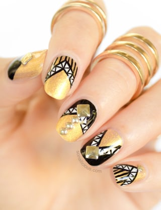 New years eve nail art ideas as pretty as your party dress joseph pole today prinsesfo Images