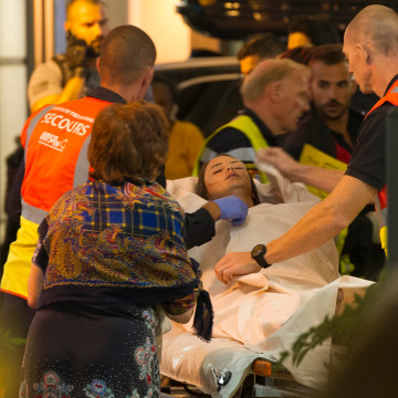 Image: Truck crashes into crowd at Bastille Day celebrations in Nice