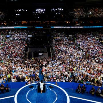 Image: Actress Eva Longoria speaks at the Democratic National Convention in Philadelphia
