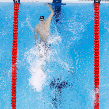 Image: Swimming - Men's 100m Backstroke Final