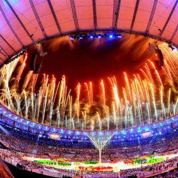 Image: Closing Ceremony 2016 Olympic Games - Olympics: Day 16