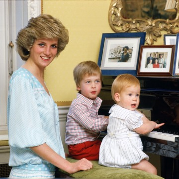 Image: Diana, Princess of Wales with her sons, Prince William and P