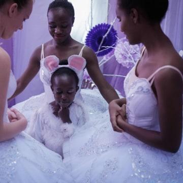 Image: TOPSHOT-KENYA-ART-BALLET-CHRISTMAS-NUTCRACKER