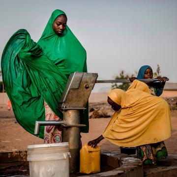 Image: TOPSHOT-NIGERIA-VOTE-UNREST-DISPLACED