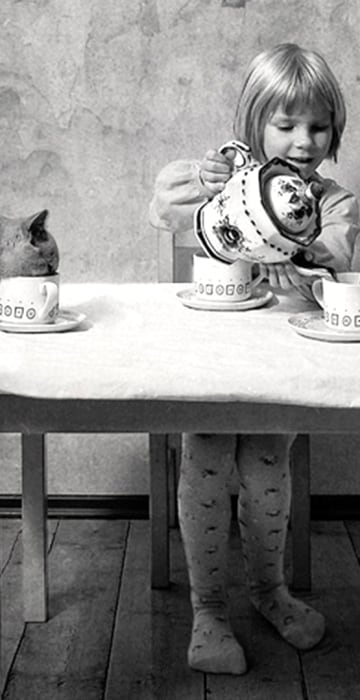 Five o'clock tea (God save the Queen)