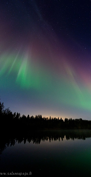 X-flare impact Friday night near Yli-Ii, Finland  http://www.salamapaja.fi/archive
