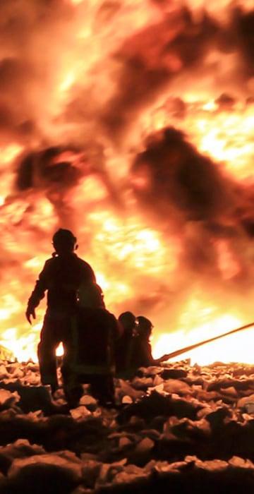 Image: Smethwick recycling factory fire.