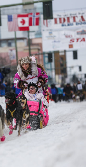 Image: Iditarod Trail Sled Dog Race 03