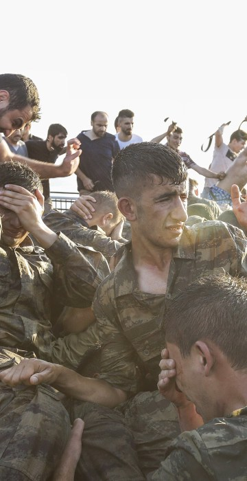 Image: At Least 90 Killed in Attempted Military Coup in Turkey