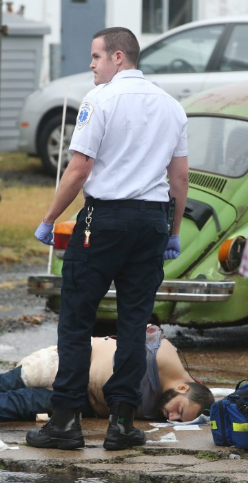Image: FBI, police and investigators and NYC terror suspect Ahmad Khan Rahami shot son Elizabeth Ave in Linden, N.J.