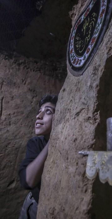 Image: Underground shelter in Douma