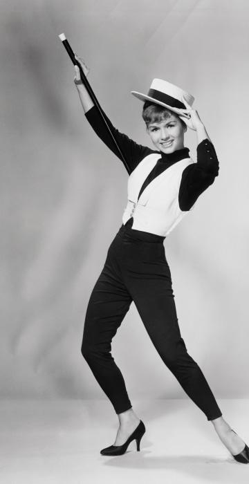 Debbie Reynolds Posing