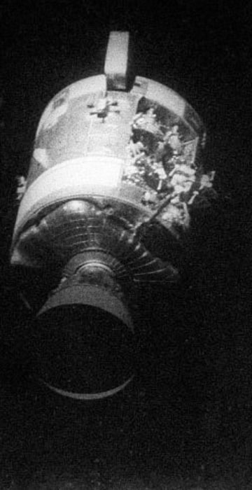 apollo spacecraft accident - photo #18