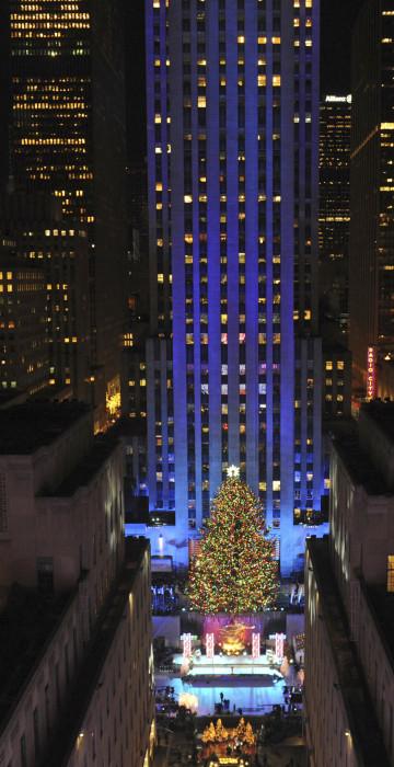 lighting of rockefeller tree 2020