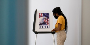 Image: Early voting begins in Michigan